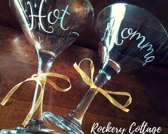 Cocktail glasses, personalised martini glasses, custom drink gift, hand engraved glasses, personalised gift, set of glasses, cocktail gift
