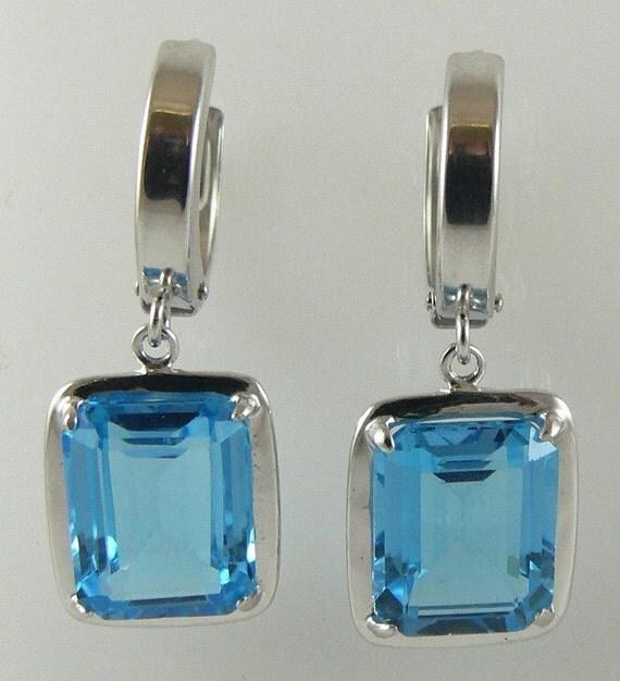 Blue Topaz 8.52ct Earring 14k White Gold Huggie style