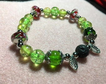 Green Leaves and Red Flowers Diffuser Bracelet