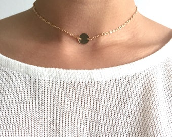 Choker with small disc, dainty necklace
