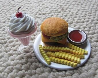"""Diner-style dinner for 18""""/American Girl Dolls"""