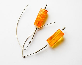 Amber earrings 9g