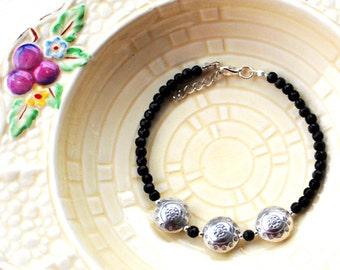 Thai Puffed Silver Lentil Black Faceted Glass Beads Bracelet Boho Ethnic Bracelet