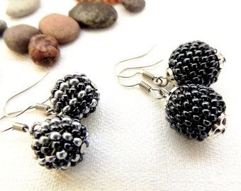 pom Pom Hematite Beaded Ball Earrings - Silver Color Seed Bead Earrings - Steel Color Globe Earrings - Peyote Beaded Earrings