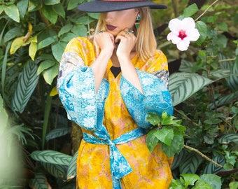 Short yellow and blue kimono
