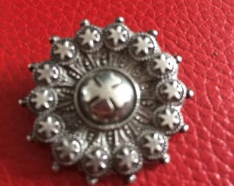 Victorian antique hallmarked sterling silver ornate brooch