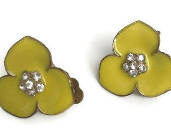 Vintage Clip on earrings Yellow Flower with Rhinestones in the Middle
