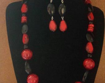 Hot Flash -Red & Black Necklace Set