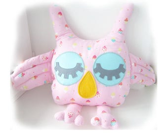 Owl soft toy sewing pattern and sleepy owl pillow pattern, 2 owl PDF sewing pattern- small and large. DIY. Sewing tutorial, how to sew a owl