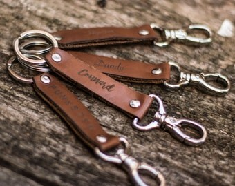 """Keychain leather """"Asshole"""" available 3 colors"""