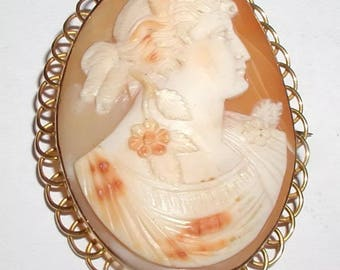 """Victorian 15ct Gold Shell Cameo Brooch"""" Circa 1880 Large"""