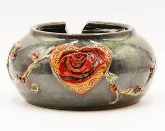 Heart Rose Yarn Bowl | Yarn Bowl | Knitting Bowl | Pottery | Ceramic | Stoneware | Pottery Yarn Bowl | Ceramic Yarn Bowl | Handmade Pottery
