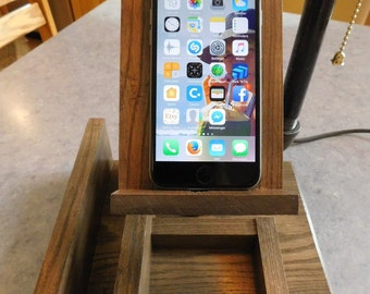 Edison Lamp Smartphone Docking Station