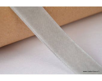 Ribbon velvet gray, 16mm, per meter
