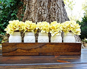 Rustic Planter Box Centerpiece with 5 Distressed and Painted Mason Jars. Table Centerpieces. Wedding Centerpieces. Rustic Home Decor.