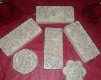 Coconut cream Oatmeal and honey goat's milk soap