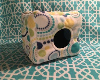 Jellyhogs Hedgehog Rats Hamster Mice Dwarf Rabbits Turtle Chincillas Guinea Pigs Blue Dots Cube House for Pets Fleece Fully Lined