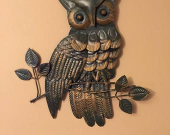 FREE SHIPPING Vintage Layered Metal Tin Owl on a Limb Vintage Metal Wall Art