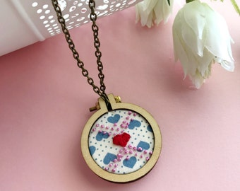 Hand Embroidered Necklace Pendant, Mini Embroidery Hoop Jewellery, Heart Necklace, Embroidered Pendant, Gift for Her, Gift Under 50