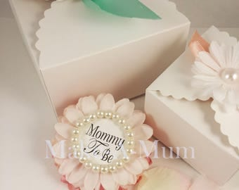 GIFT BOX PURCHASE for a baby Shower Corsage,***Blossom Not Included!*** baby shower favors,Mommy To be, mommy to be corsage,baby shower pin