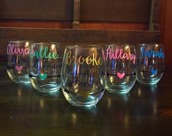 Bridesmaid Wine Glass, Maid of Honor Wine Glass. SET OF 5