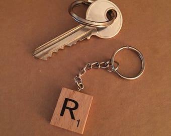 Letter R wooden scrabble tile keyring  free shipping
