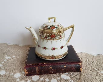 Antique Nippon Teapot Hand Painted, Red Roses, Gold Moriage Beads