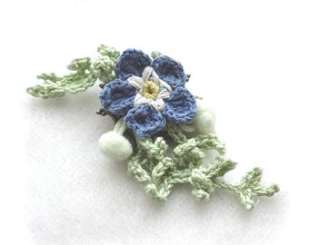 Crochet Forget-Me-Not Flower Brooch, Blue Green Corsage Shawl Pin, Crocheted Floral Boutonniere or Pendant, Cotton Silk Garden Bouquet