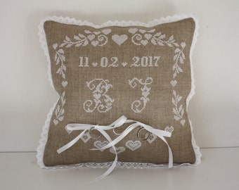 Alliances embroidered lace and satin hand cushion