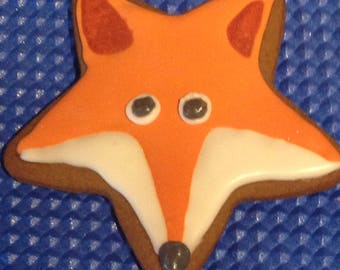 12 Fantastic fox iced biscuit
