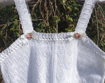 Girl lace top size 10 years white summer tank top for girl sleeveless summer top lace top top vintage New Old Stock 1970s size 10 years