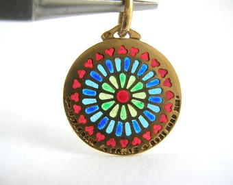 Gorgeous 18k Gold Plique a jour Charm Notre Dame de Paris Stained Glass Rose Window Vintage Enamel