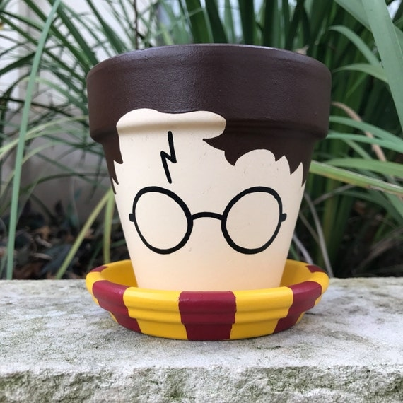 harry potter flower pot. Black Bedroom Furniture Sets. Home Design Ideas