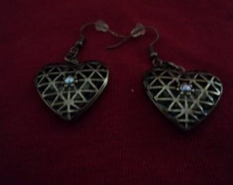 wire locket earrings lockets open
