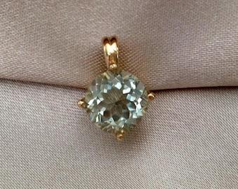 14 kt gold Prasiolite solitaire pendant