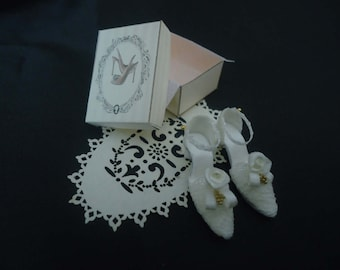 Bridal shoes 1/12th