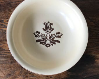 Pfaltzgraff 3-Quart Bowl Brown & Cream Village Pattern