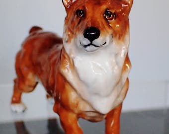 "Royal Doulton ""Champion Spring Robin"" Welch Corgi Dog Figurine HN 2559"