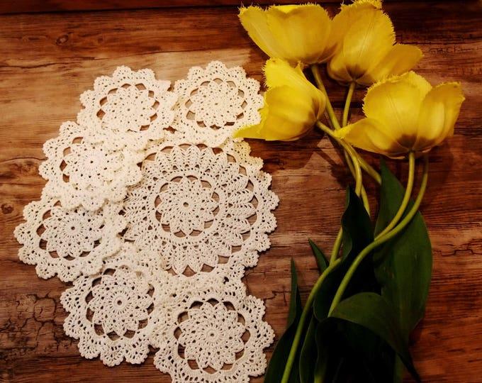 White lace napkin, crochet lace doily, set of 6, crocheted decoration, crochet table decor, decorative crochet, crochet ornaments