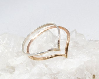 Pair of Chevron Wishbone Stacking Rings in Gold and Silver