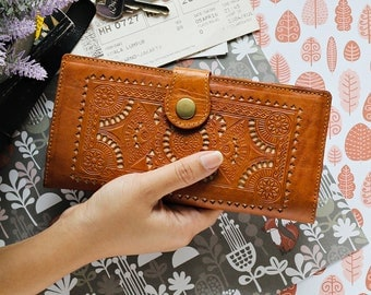 KATE Women Wallet Carved Wallet Women's Genuine Leather Wallet Card Brown GIFT Handmade Light Brown