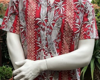 Winnie Fashion Men's Hawaiian Surfboard Shirt/ Hawaiian Men's Vintage Shirt Size M/ Made In Hawaii, U.S.A. Cotton Poly Blend