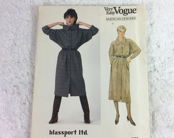 Vogue 1056 Sewing Pattern Misses' Dress Size 8-12 / American Designer / Blassport Ltd. / Bill Blass / Very Easy Vogue / front button dress