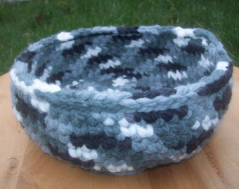 Crochet basket/pot/container -grey, white and black