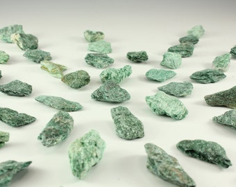 Fuchsite aka chrome mica wholesale 54 piece assorted lot