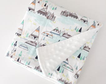 CLEARANCE Teepee baby blanket, Minky baby blanket, Minky crib quilt, Mint baby bedding, Southwestern baby, Indian baby blanket