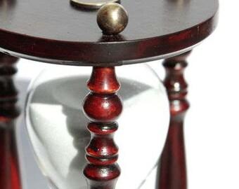 Hourglass Cherry Wooden.
