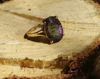 14K Gold Estate Ring Mystic Rainbow Topaz