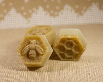 Organic Raw Honey Oatmeal Exfoliating Soap
