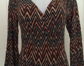 Crossed bodice top/long bell sleeves